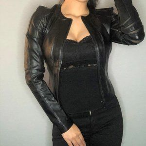 New - GUESS black jacket w zip up front